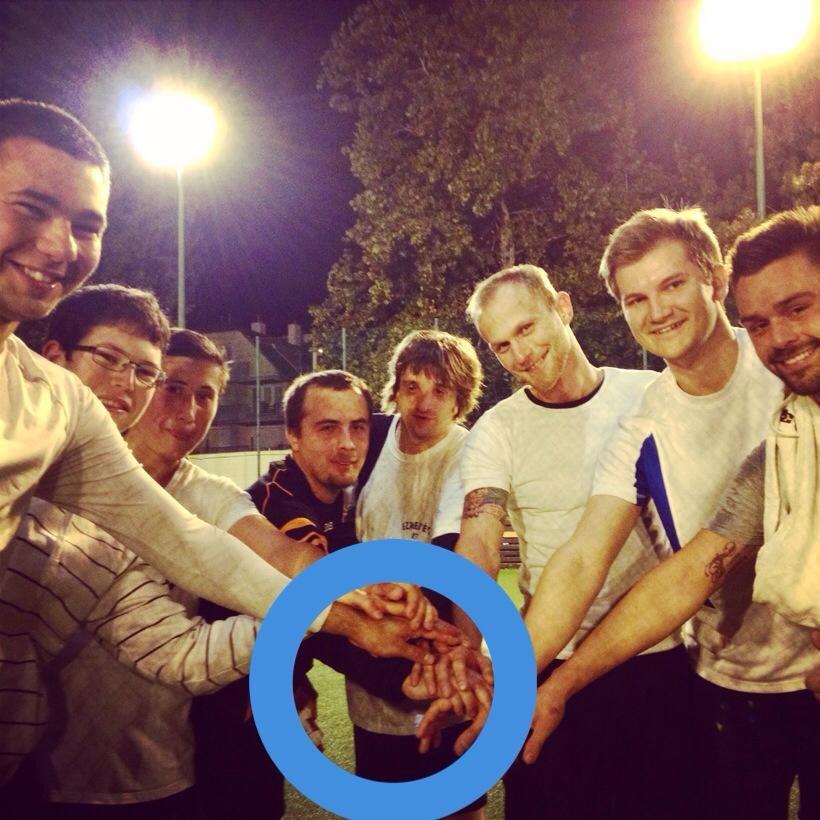 Az Fc. DiaBeaters csapata, amely cukorbeteg, focizni szerető amatőrök csapata Budapesten.