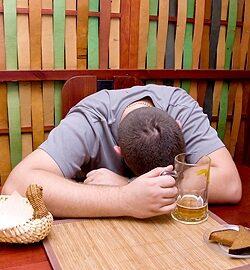 Mértéktelen ivászat
